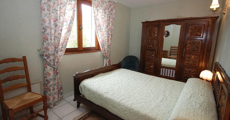 appartement t2 eygliers guillestre - Location Meubles Design